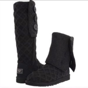 UGG W lattice cardy black size 9